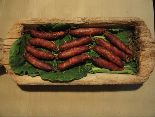 Chorizo Rojo Semicurado 50% cerdo autóctono 50% cerdo blanco 10 a 12 piezas kg.